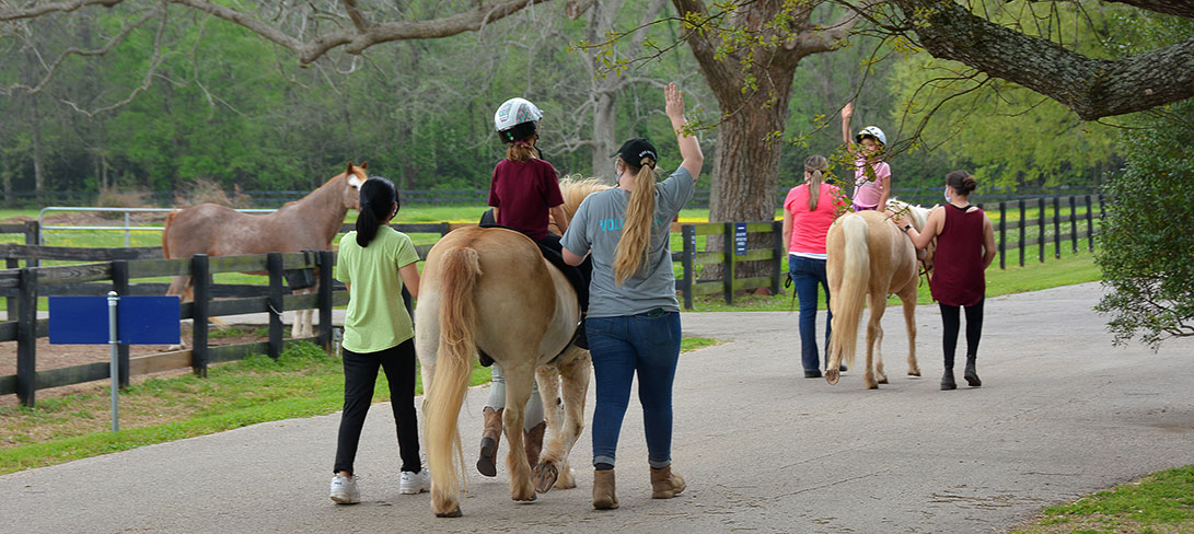 SIRE riders during class walk